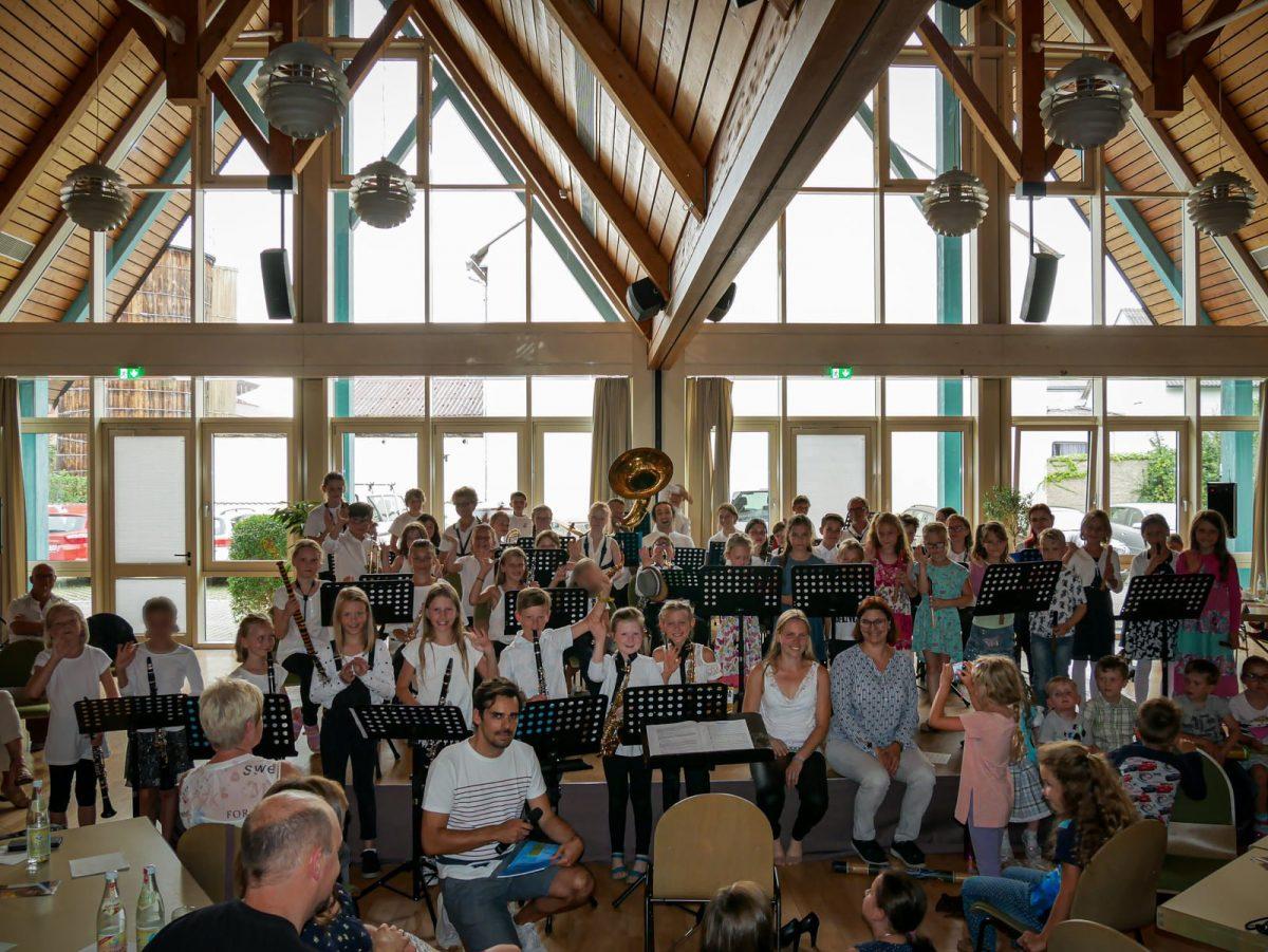 Musikalische Früherziehung und Blockflötenunterricht beim Zenngrundorchester Veitsbronn.